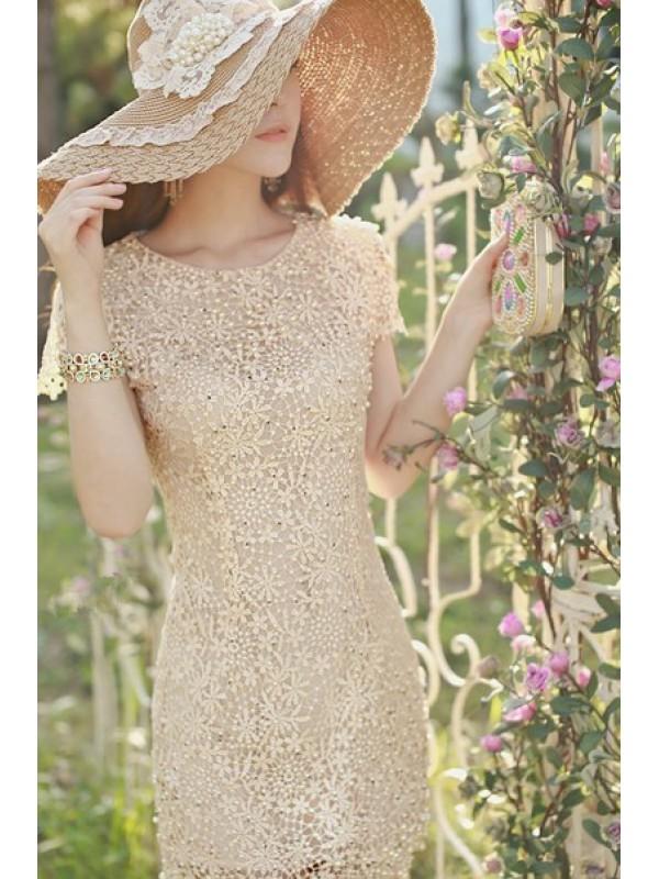 Платья с вышивкой и кружевом