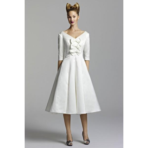 5 способов украсить простое платье своими руками