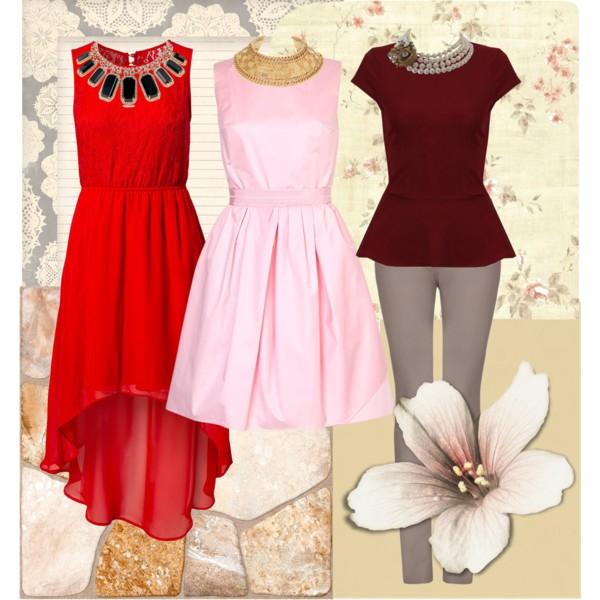 Платье с круглым вырезом и бижутерия